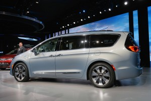 Chrysler Pacifica 2016