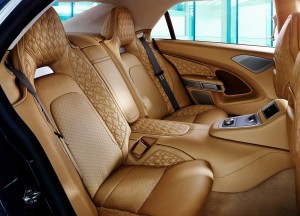 Aston Martin Lagonda Taraf, задние сиденья