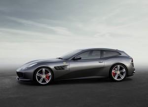 Ferrari GTC4 Lusso, вид сбоку