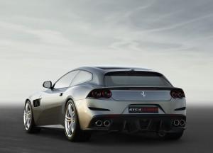 Ferrari GTC4 Lusso, вид сзади