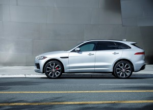 Jaguar F-Pace, вид сбоку