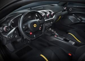 Ferrari F12tdf, салон
