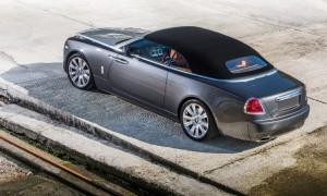 Rolls-Royce Dawn, вид на заднюю диагональ