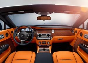 Новый Rolls-Royce Dawn, передняя панель