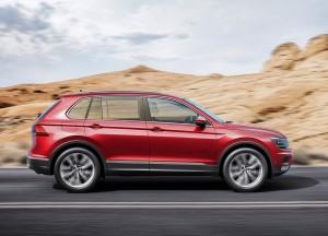 Новый Volkswagen Tiguan, вид сбоку