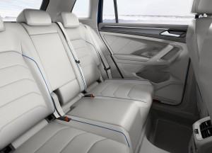 Volkswagen Tiguan 2016, задние сиденья
