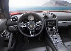 Porsche 718 Boxster, передняя панель
