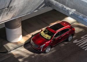 Cadillac XT5 2016, вид сверху
