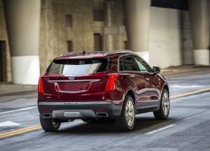 Новый Cadillac XT5, вид сзади