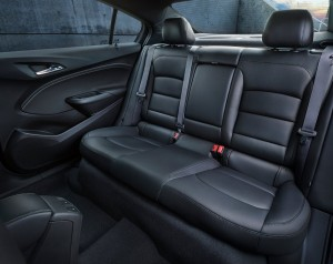 Chevrolet Cruze 2016, задние сиденья
