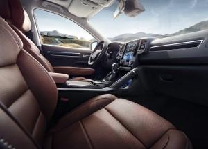 Renault Koleos 2016, передние сиденья