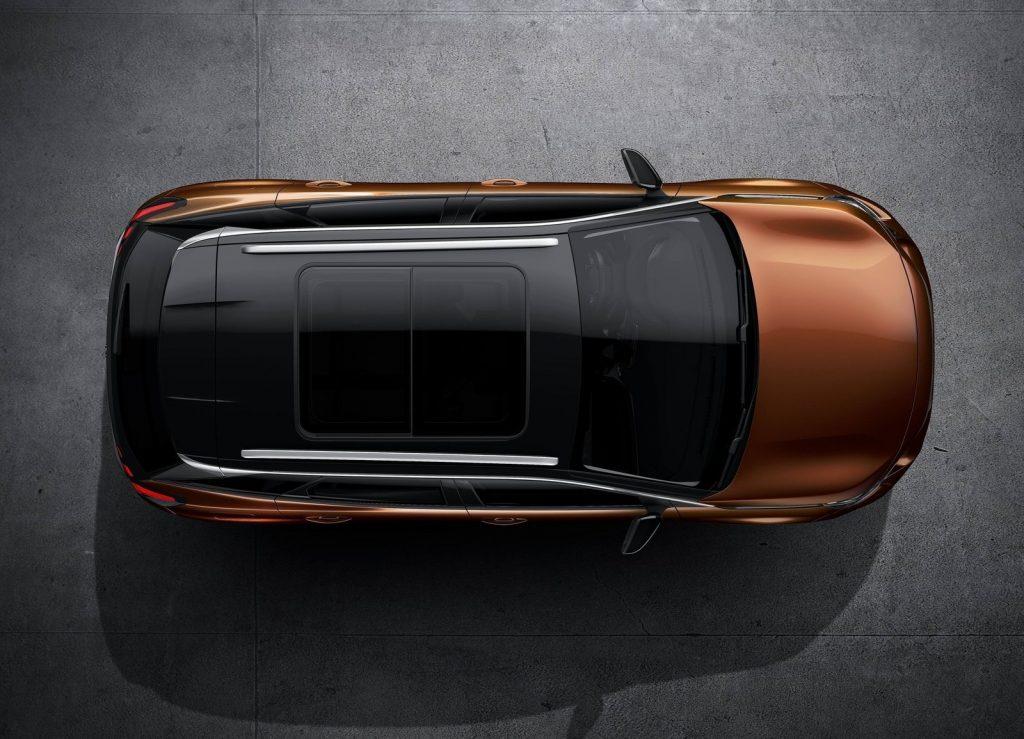 Peugeot 3008 2016, вид сверху