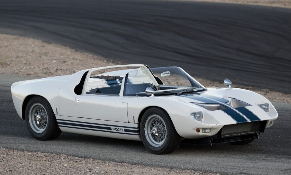 Ford GT40 Roadster 1965 года