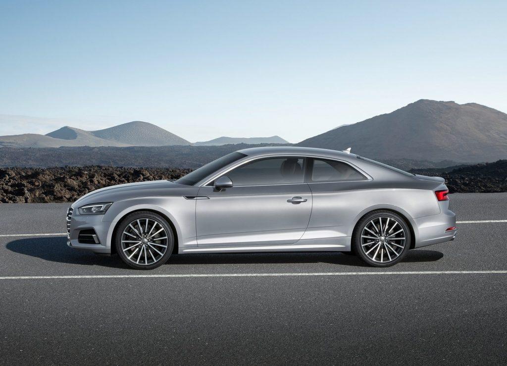 Audi A5 2016, вид сбоку