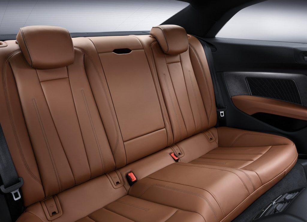 Новый Audi A5, задние сиденья