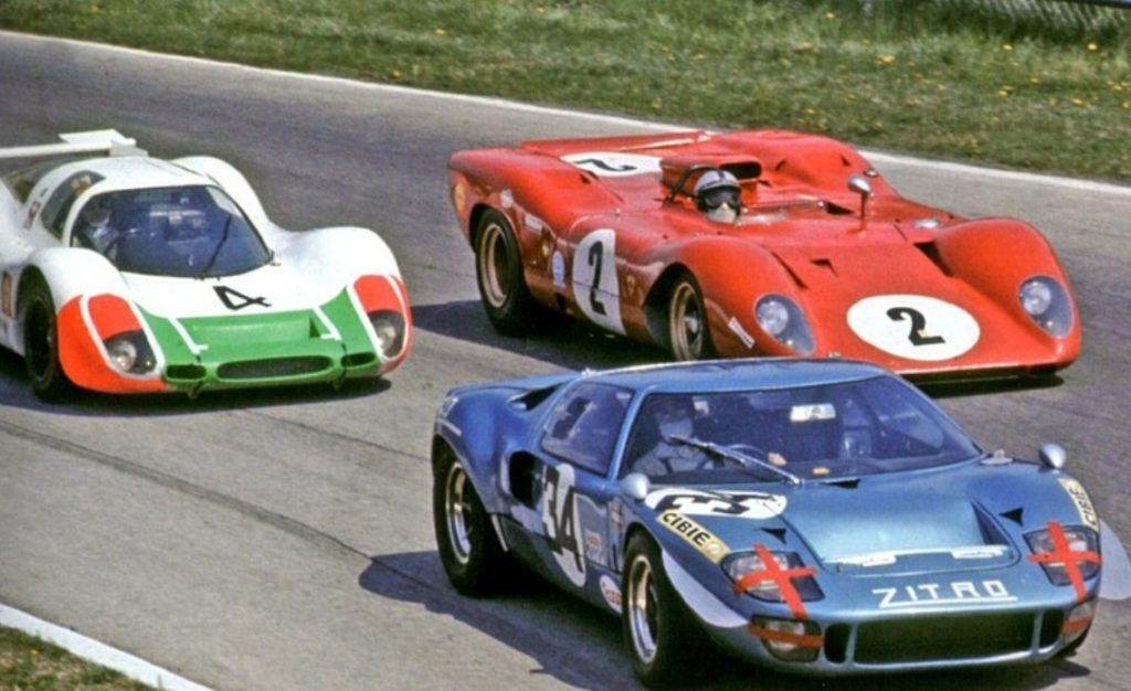 Ford GT40 появился в следствие соперничества Ford и Ferrari