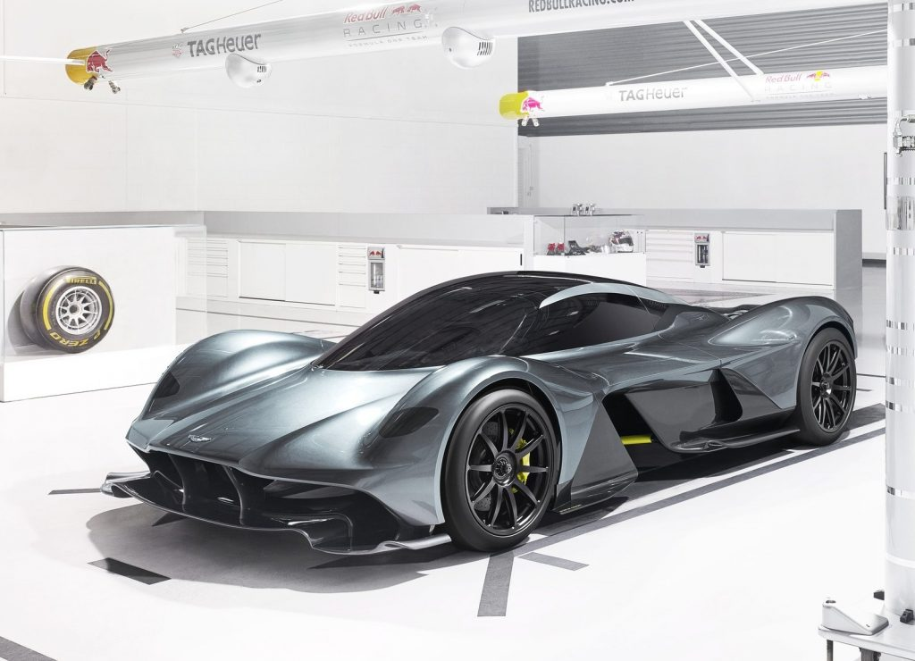 Aston Martin AM-RB 001, вид на переднюю диагональ