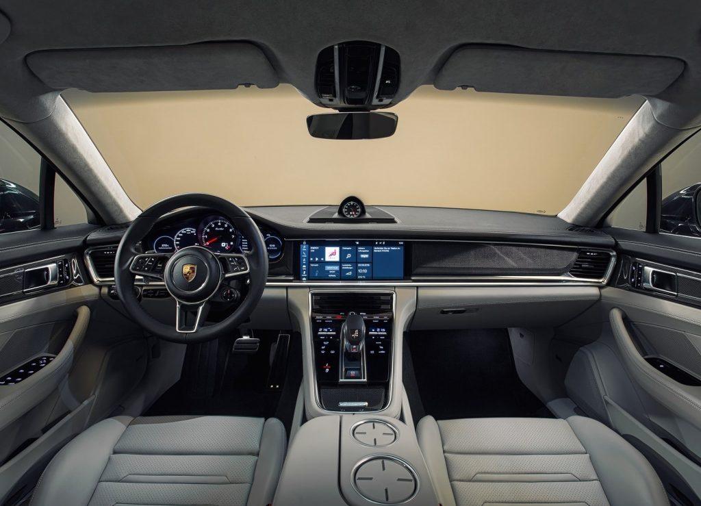 Porsche Panamera второго поколения, салон