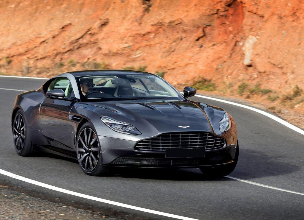Aston Martin DB11, вид на переднюю диагональ