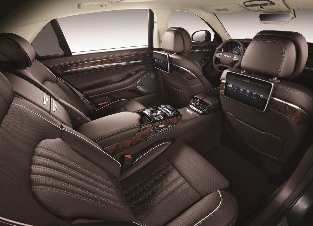 Hyundai Genesis G90 2016, задние сиденья