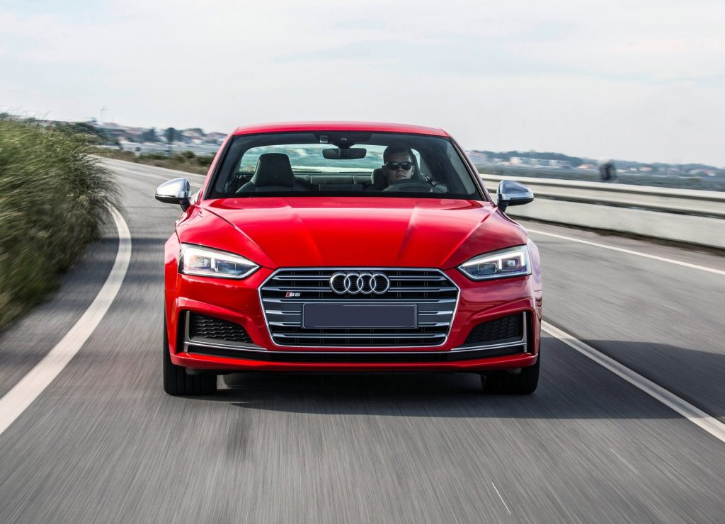 Audi S5 2016, вид спереди