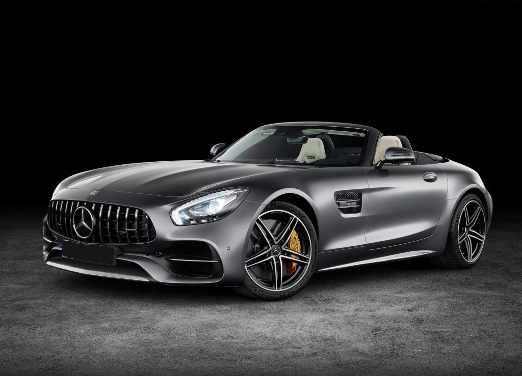 Mercedes-AMG GT Roadster, вид на переднюю диагональ