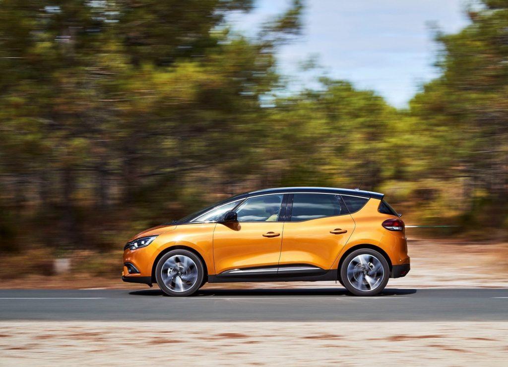 Новый Renault Scenic, вид сбоку