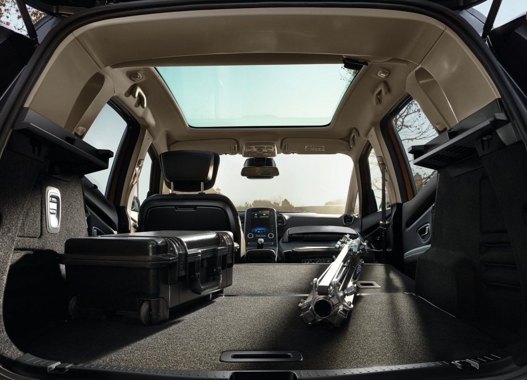 Renault Scenic 2016, багажник