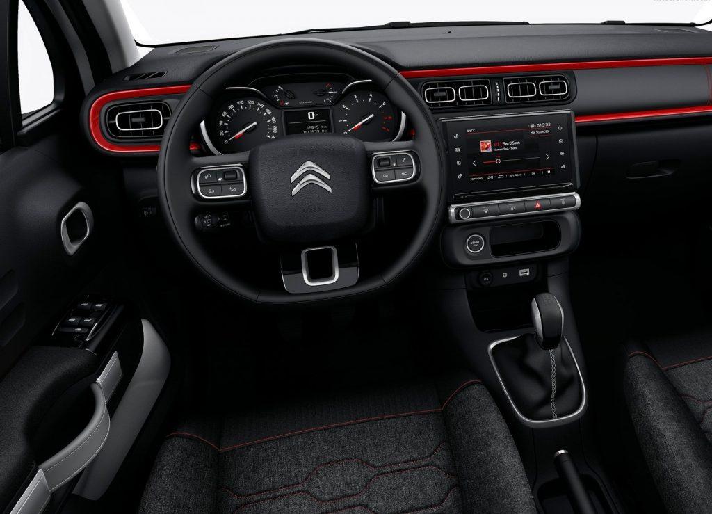 Новый Citroen C3, передняя панель