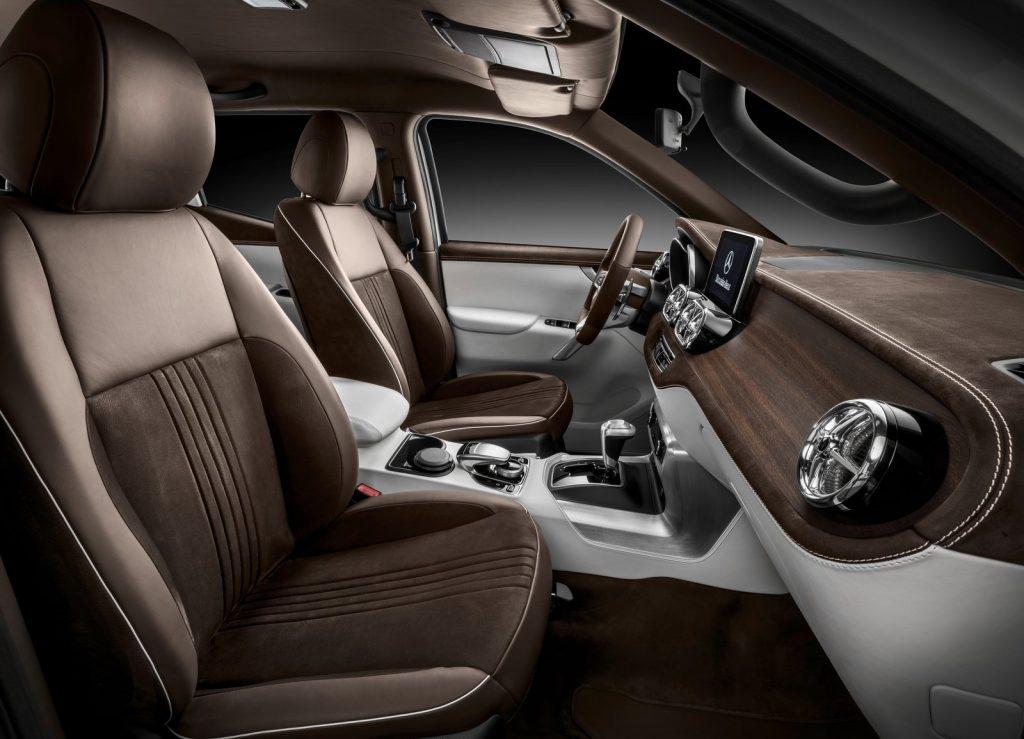 Mercedes-Benz X-Class 2016, передние сиденья