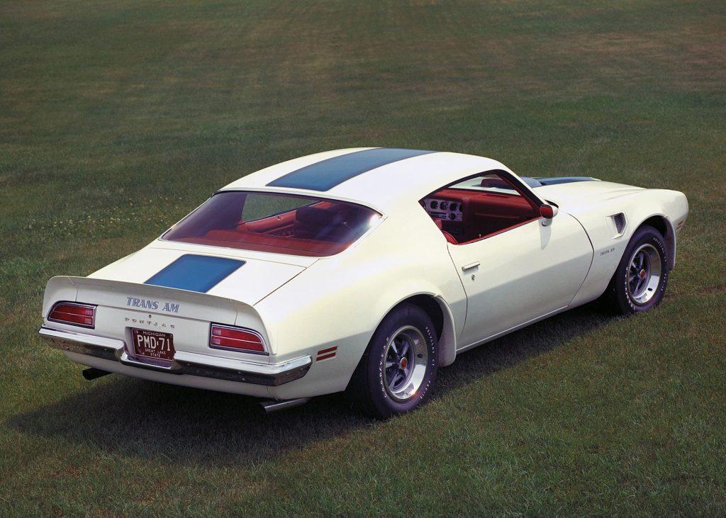 Pontiac Firebird ІІ