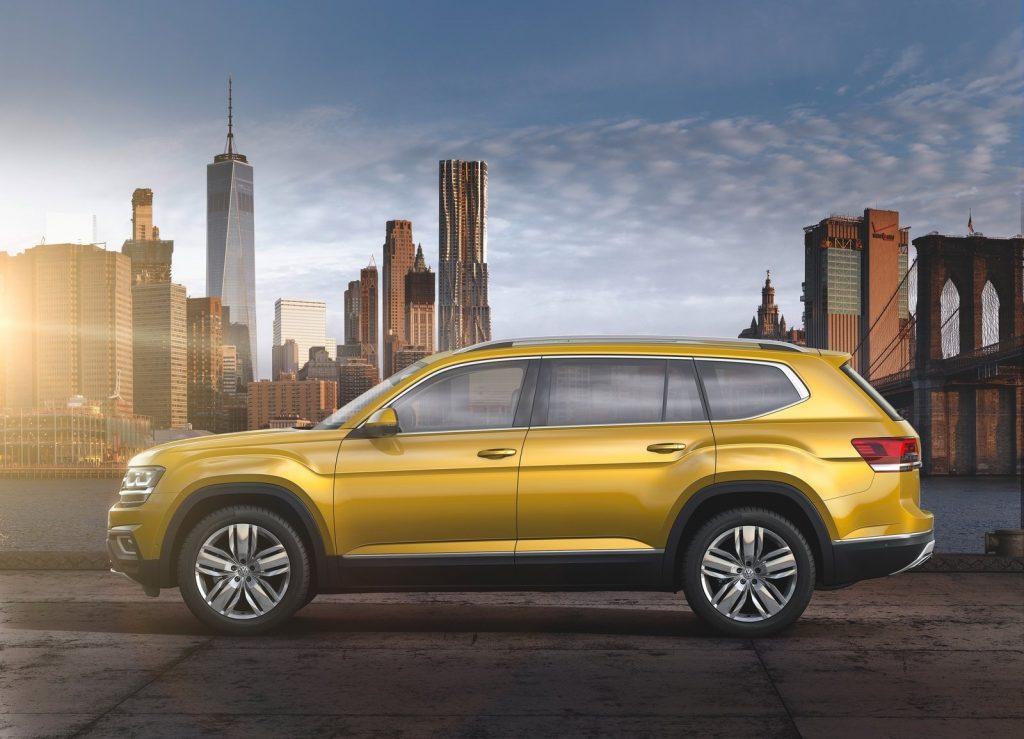Новый Volkswagen Atlas, вид сбоку
