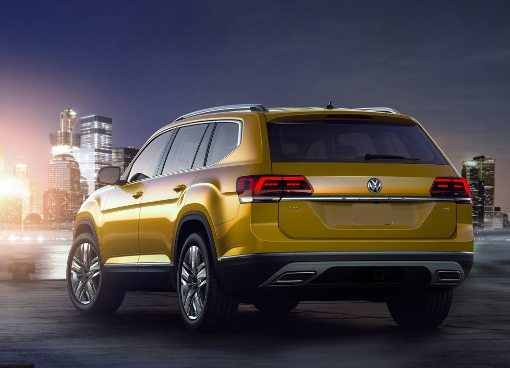 Новый Volkswagen Atlas, вид сзади