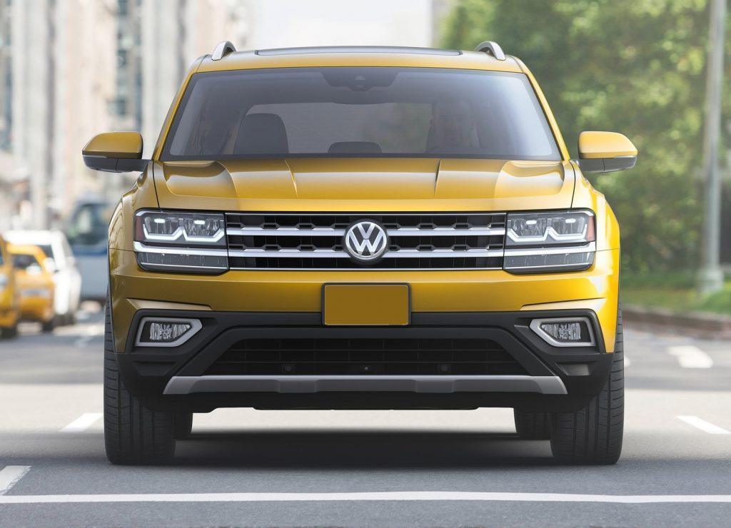 Volkswagen Atlas 2017, вид спереди