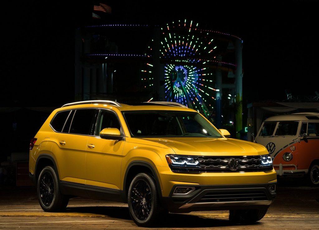 Volkswagen Atlas, вид на переднюю диагональ