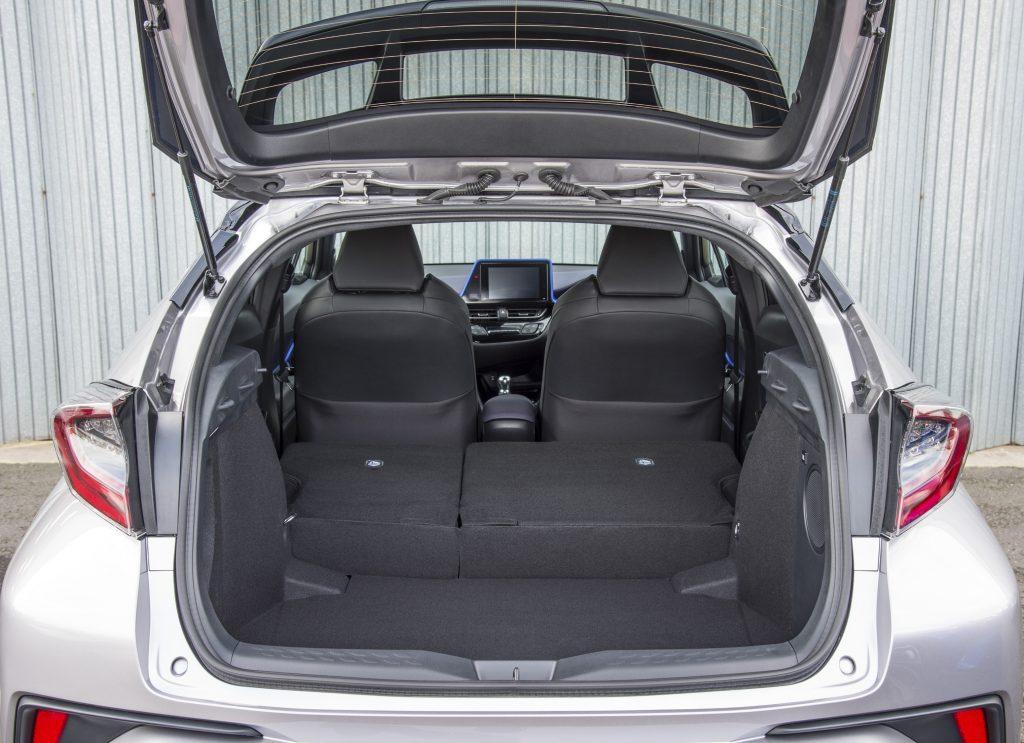 Toyota C-HR, багажник