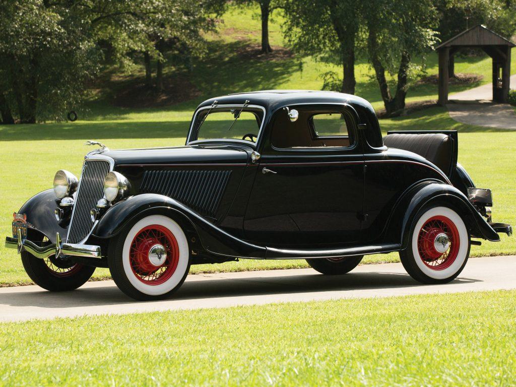 Модель 1934 года получила улучшенный 85-сильный мотор