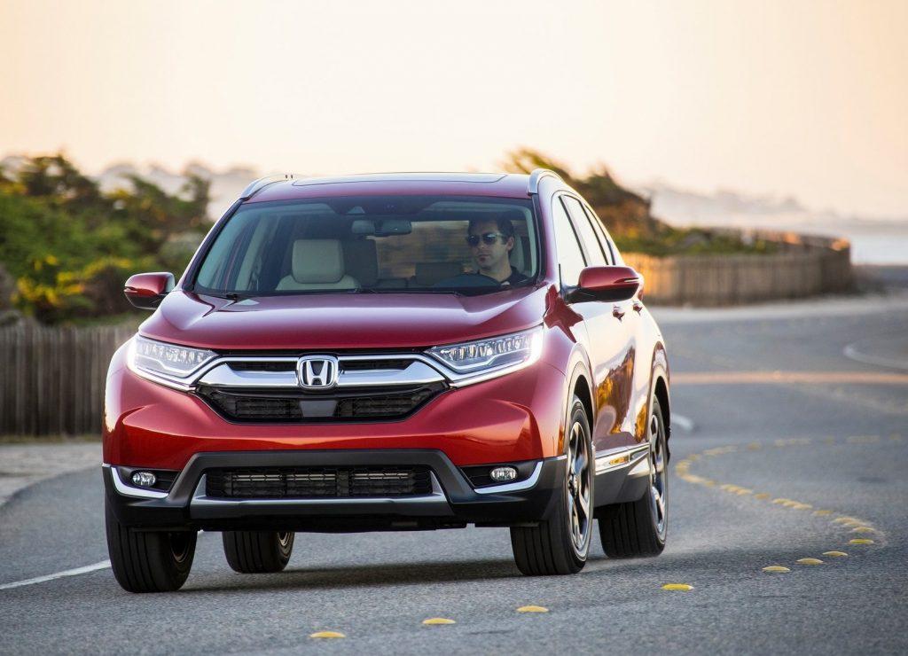 Honda CR-V 2017, вид спереди