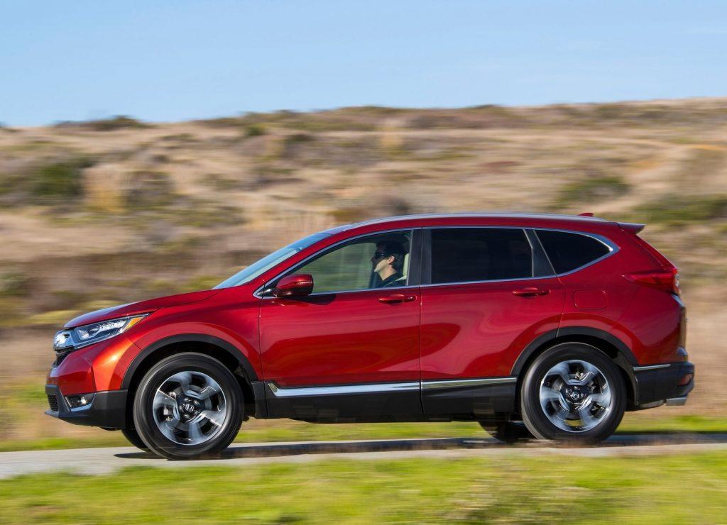 Новый Honda CR-V, вид сбоку