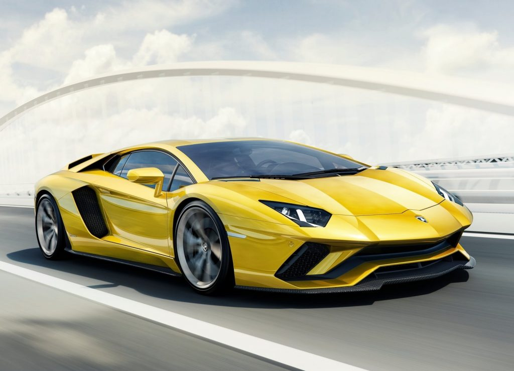Lamborghini Aventador S, вид на переднюю диагональ