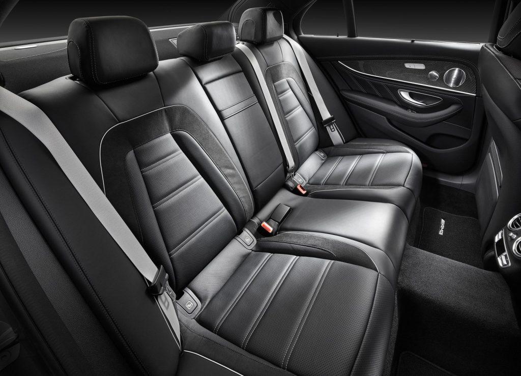 Mercedes-AMG E63 2017, задние сиденья