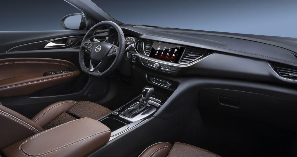 Opel Insignia второго поколения, салон