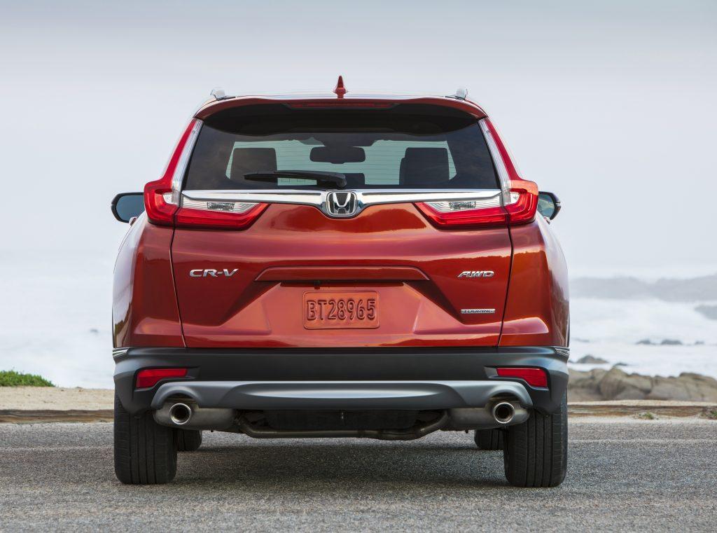 Honda CR-V 2017, вид сзади