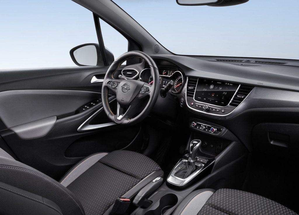 Новый Opel Corssland X, салон
