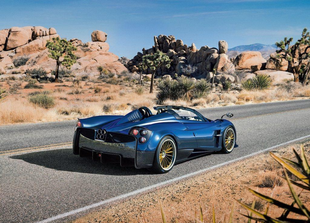 Новый Pagani Huayra Roadster, вид сзади