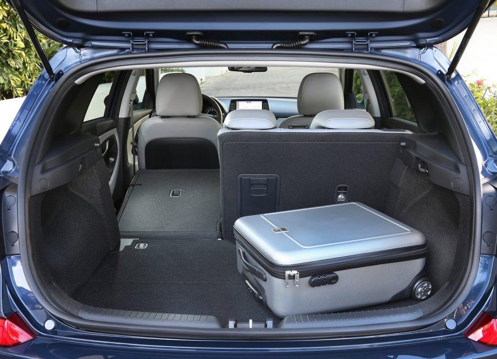 Hyundai i30 2017, багажник