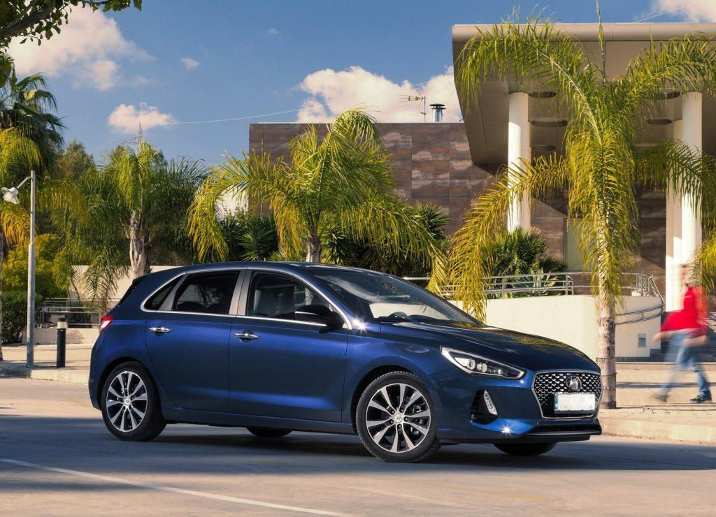 Новый Hyundai i30, вид сбоку
