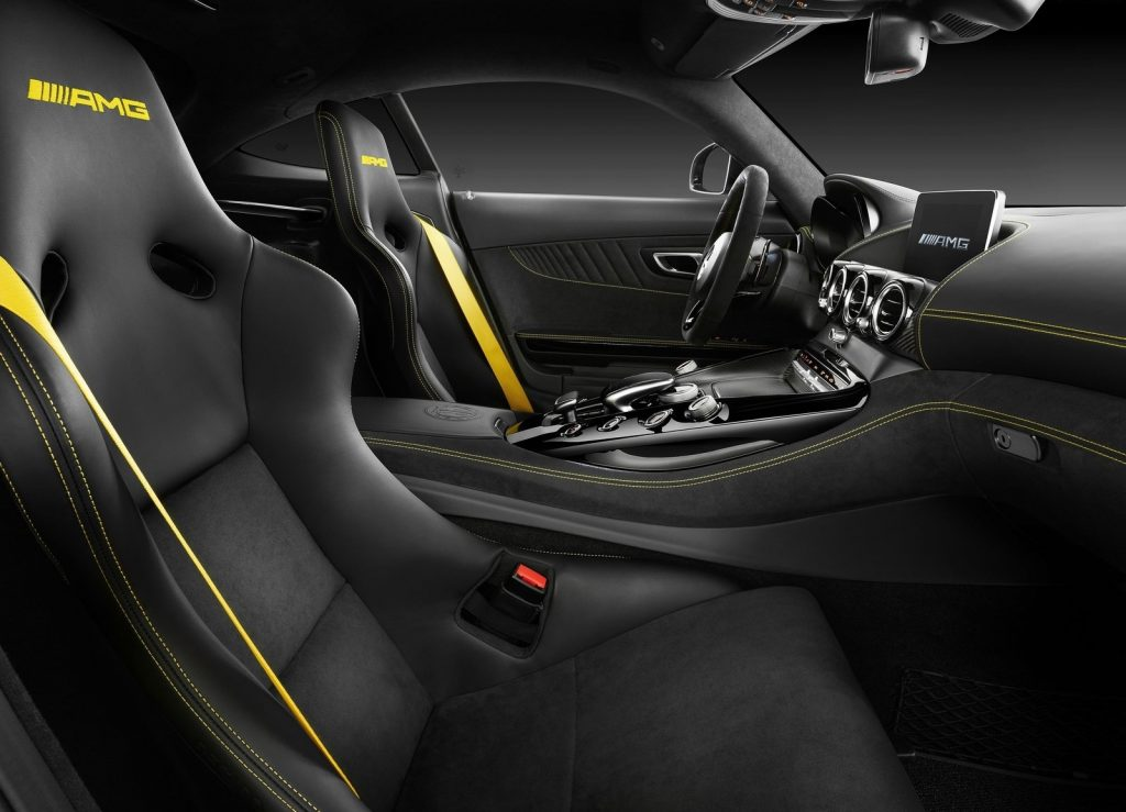 Mercedes-AMG GT R 2017, сиденья