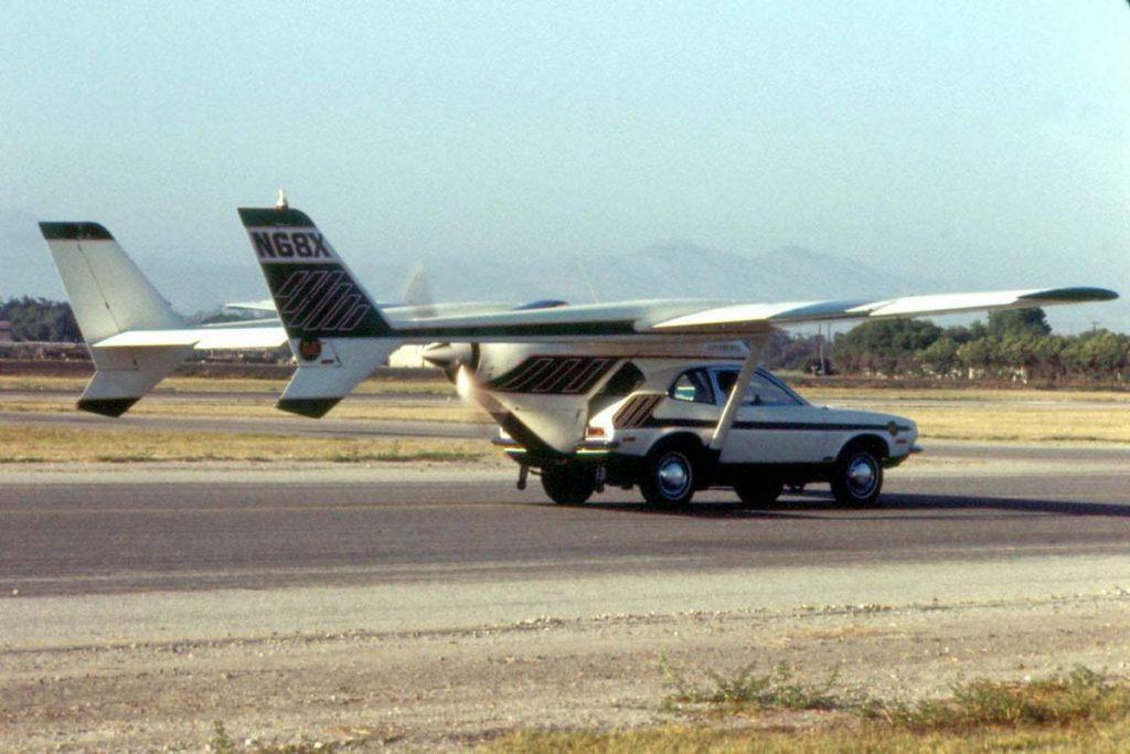 Летающий автомобиль засветился в фильмах о Джеймсе Бонде