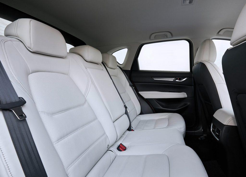 Mazda CX-5 2017, задние сиденья